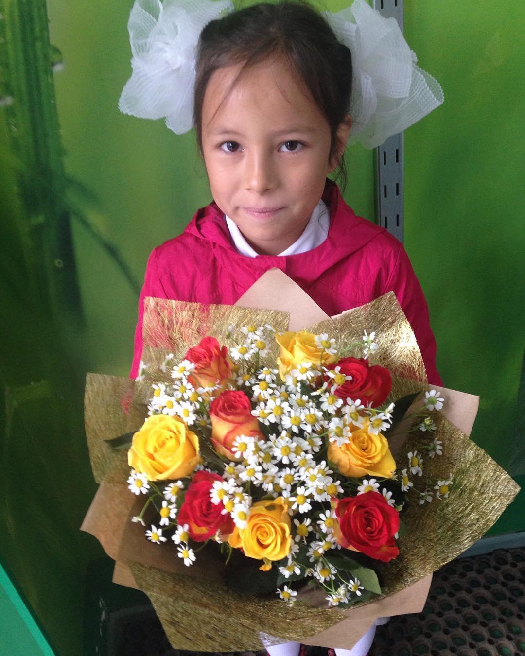 Питере оптовый магазин цветов в казани цены интернет магазин